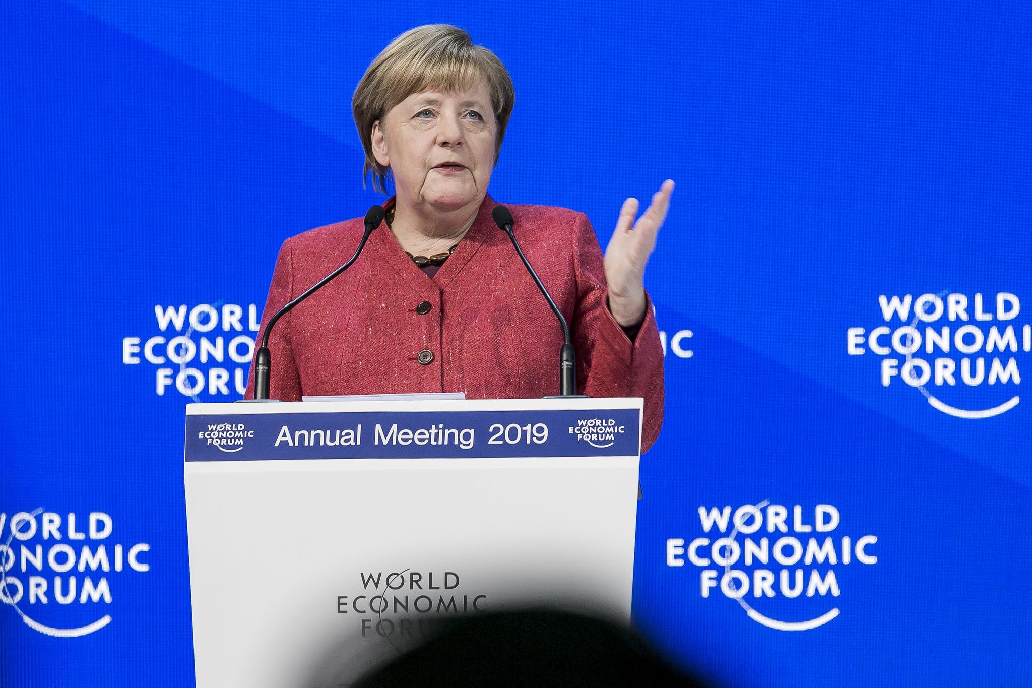 Angela Merkel, Chanceler da Alemanha desde 2005, ficou em situação complicada com os países da União Europeia durante a crise dos refugiados