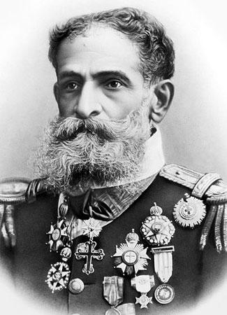 O primeiro presidente brasileiro foi um militar e não concluiu seu mandato. Líder do movimento de proclamação da república, ele assumiu em 1889 e, enfrentando dura oposição, renunciou dois anos depois, após uma tentativa frustrada de golpe de Estado.