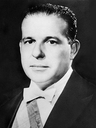 Impedido de assumir o cargo após a renúncia de Jânio Quadros (numa espécie de golpe branco que alçou Tancredo Neves ao cargo de primeiro-ministro), só adquire plenos poderes após um pebliscito em 1963. É derrubado por um golpe militar, em março de 1964