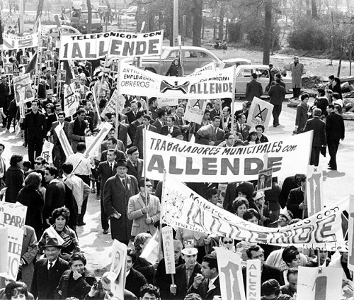 Em junho de 1973 o Chile é dominado pelos militares, que derrubam o presidente democraticamente eleito, Salvador Allende (foto). Quem assumiu o poder foi o general Augusto Pinochet. Foto: Wikimedia Commons