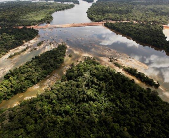 BACIAS HIDROGRÁFICAS DO BRASIL - Estude sobre as seguintes regiões hidrográficas: Amazônica, Tocantins-Araguaia, São Francisco, Rio Parnaíba, Rio Paraná, Rio Paraguai, Rio Uruguai, Atlântico.