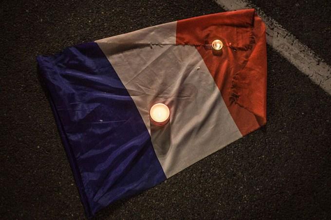 bandeira-franca-.jpg