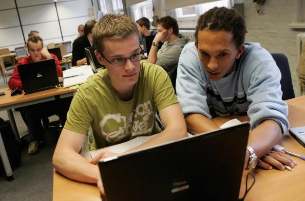 computador-estudo-aula.jpg