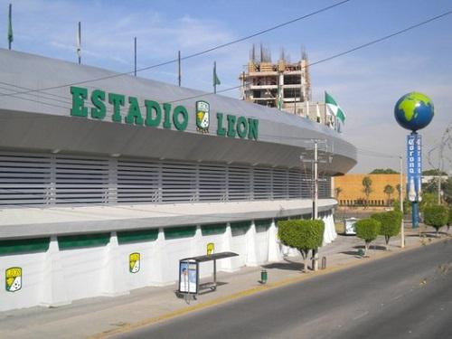 A Copa do Mundo de 1986 foi parar no México por acaso, já que problemas com a primeira sede, a Colômbia, forçaram o evento a mudar de local. Hoje, o México, que também recebeu a Copa de 1970, tem 120 milhões de habitantes e o 11° maior PIB do mundo. (Foto: Wikimedia Commons)