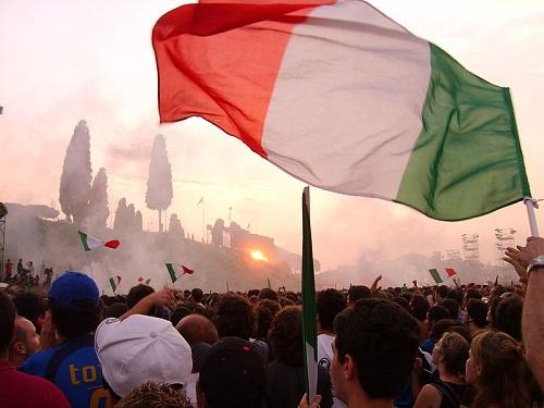 Melhor para os italianos, que alcançaram o quarto título mundial. A Alemanha ficou com o terceiro lugar. (Foto: Wikimedia Commons)