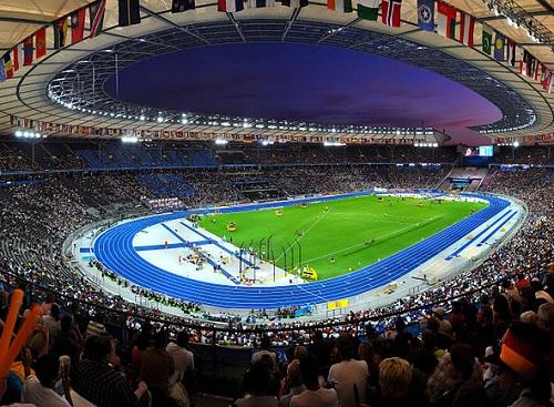 Em 2006, a Copa do Mundo voltou ao Velho Continente. Organizada na Alemanha,  a final da competição foi entre Itália e França. (Foto: Wikimedia Commons)