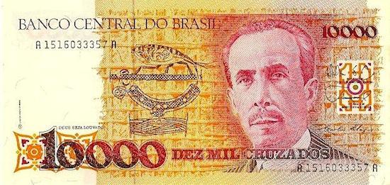 Em 1986, um novo corte de zeros foi necessário. A partir dessa data, mil cruzeiros passariam a valer 1 cruzado (Cr$ 1 000 = Cz$ 1).