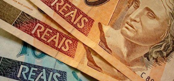 Ao todo, nove moedas oficiais já circularam no país. As mudanças ocorriam, em geral pela inflação elevada, que deteriorava rapidamente a moeda em circulação. Esse tipo de troca, apesar de necessária devido à situação econômica do país, não são desejáveis, uma vez que demonstram uma economia instável e o enfraquecimento de um símbolo nacional. Veja agora quais moedas o Brasil já teve.