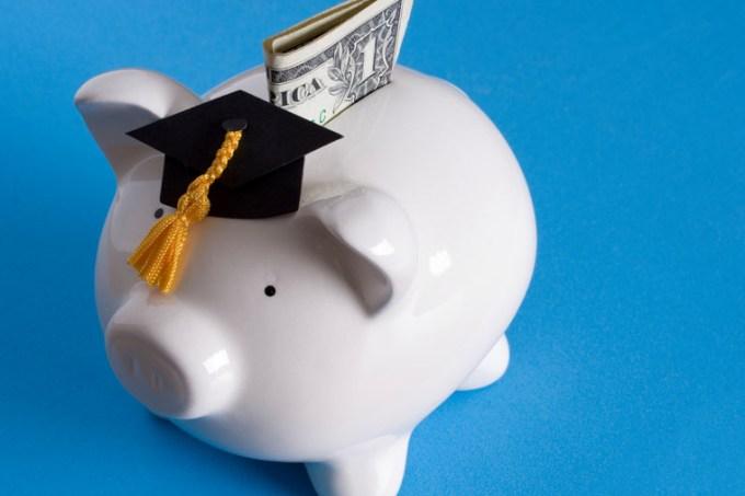 dinheiro-pra-faculdade.jpg