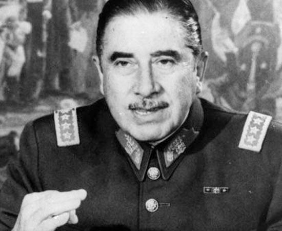 DITADURAS NA AMÉRICA LATINA - Estude sobre Juan Domingo Peron, a Guerra das Malvinas, Augusto Pinochet e Juan Maria Bordaberry.