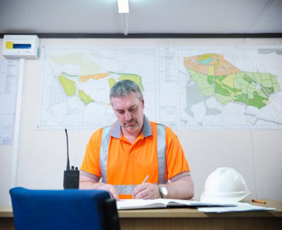 Engenharia Cartográfica - É o ramo da engenharia que capta e analisa dados geográficos para a elaboração de mapas.