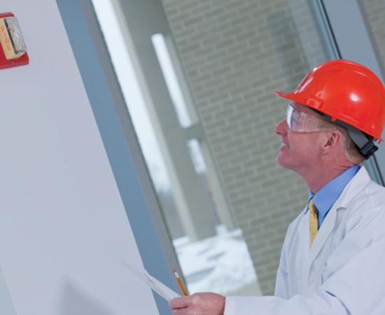 Engenharia de Segurança do Trabalho - É o ramo da engenharia responsável por prevenir riscos à saúde e à vida do trabalhador.