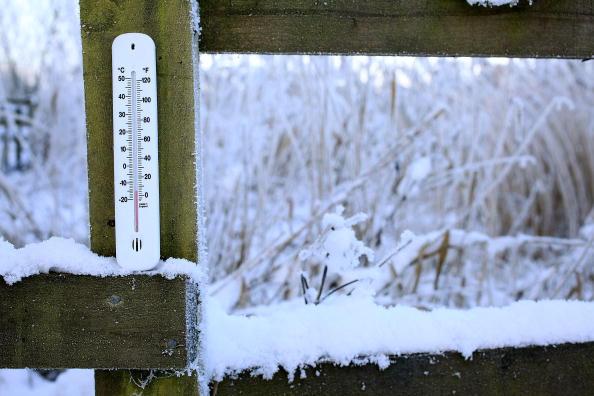 Quando o corpo com maior energia térmica cede calor para o corpo com menor energia térmica até que os dois alcancem a mesma temperatura, eles chegaram a um estado de equilíbrio térmico. (Foto: Getty Images)