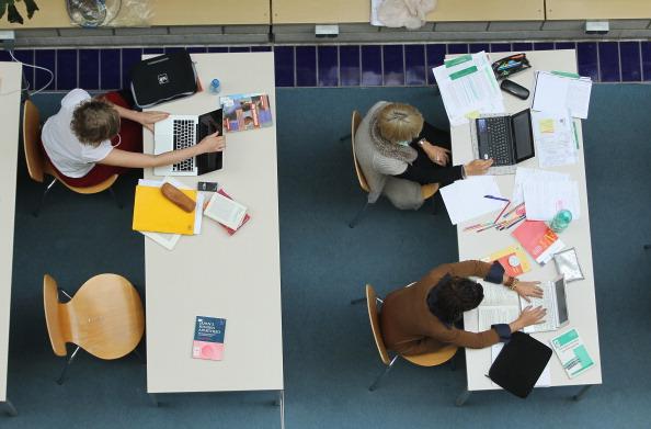 estudantes-estudar-fora.jpg