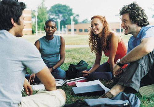 estudantes-outdoor1.jpg