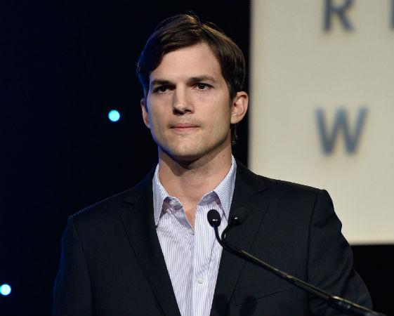 Motivado pelo desejo de encontrar uma cura para a doença de coração de seu irmão, Ashton Kutcher chegou a estudar engenharia bioquímica na Universidade de Iowa. Mas ele foi convidado por um olheiro para participar de um concurso de modelos, ganhou e o resto você pode imaginar
