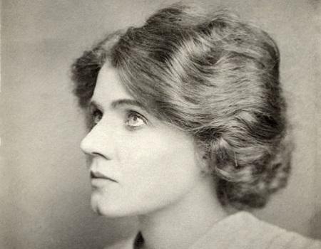 Florence Lawrence atuou em mais de 300 filmes. Apesar disso, também conseguiu tempo para desenvolver peças de carros. Na década de 1910, ela criou um braço sinalizador automático, hoje conhecido por seta sinalizadora, e o sistema precursor das luzes de freio. (Foto: Wikimedia Commons)