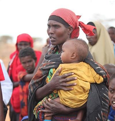 Os recursos minerais africanos (como petróleo e diamantes) são dominados por poucos, que comumente os usam para financiar guerras civis e não para o desenvolvimento socioeconômico. (Foto: Wikimedia Commons)