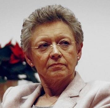 Esse é o nome de uma das principais responsáveis pela identificação do vírus da AIDS e das causas da doença. Ela recebeu o Prêmio Nobel de Medicina, em 2008.