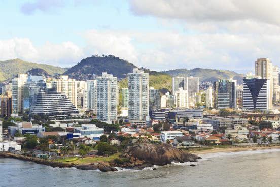 Vitória tem um salário médio de R$ 2.847,60. São 237.416 e 20.420 unidades empregadoras na capital do Espírito Santo. (Imagem: Thinkstock)