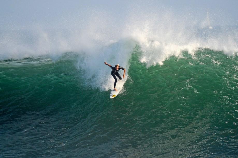Ciência e Tecnologia do Surf - Além das aulas práticas do esporte, os alunos aprendem sobre conservação marinha, história, produção e design do surf. O curso é dado na Plymouth University, na Inglaterra.