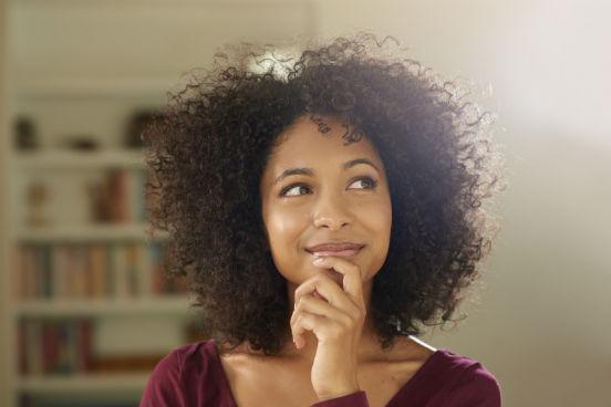 Crie algo novo todos os dias - mesmo que por apenas 5 ou 10 minutos. Vale escrever seus pensamentos do dia, desenhar mapas mentais em reuniões, desenvolver modelos de negócios ou o qualquer outra ideia que surgir na sua cabeça. (Imagem: iStock)
