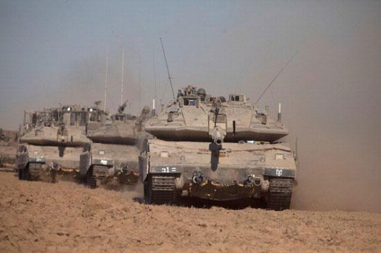 A Segunda Intifada começou em 2000. Neste ano o Hamas passou a intensificar os ataques a alvos de Israel, que voltou a bombardear Gaza. Quatro anos depois, um míssil israelense matou Ahmed Yassin, líder do Hamas considerado responsável por vários atentados terroristas em Israel. (Foto: Getty Images)