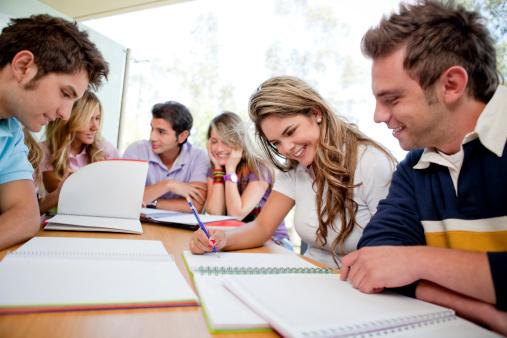 grupo-estudando-1.jpg