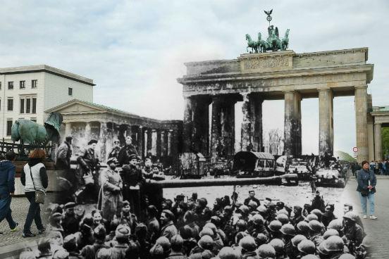 2015 marca os 70 anos da rendição alemã na Segunda Guerra Mundial. A imagem mostra a diferença do Portão de Brandemburgo, marco do poder alemão, no ano de 1945 (quando foi atingido pelas forças soviéticas) e atualmente. (Créditos: Sean Gallup/Getty Images)