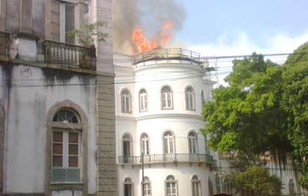 incendio-ufrj.jpg
