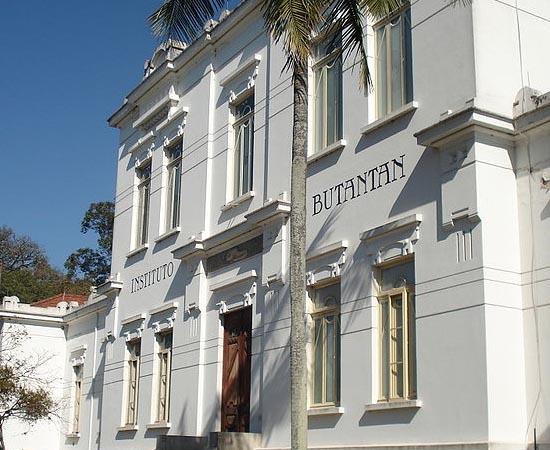 INSTITUTO BUTANTAN - É um dos centros de pesquisa biomédica mais renomados do Mundo. Possui três museus (Biológico, Histórico e Microbiológico). Localiza-se na zona oeste de São Paulo.