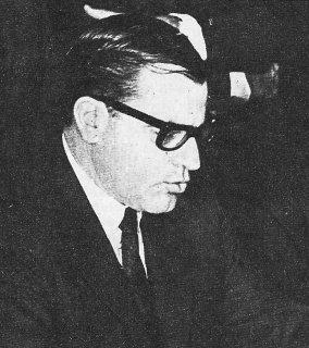 No Uruguai a ditadura durou 12 anos. Em 1973, o presidente eleito Juan María Bordaberry (foto) suspendeu a constituição, fechou o congresso e passou a governar como ditador. Em 2010, ele foi condenado a 30 anos de prisão pela justiça uruguaia, por assassinatos e desaparecimentos durante a ditadura e por ter violado a constituição vigente. Foto: Wikimedia Commons