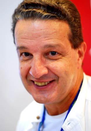 O jornalista esportivo Juca Kfouri não se formou em Jornalismo: ele fez Ciências Sociais na Faculdade de Filosofia, Letras e Ciências Humanas da Universidade de São Paulo (FFLCH-USP)