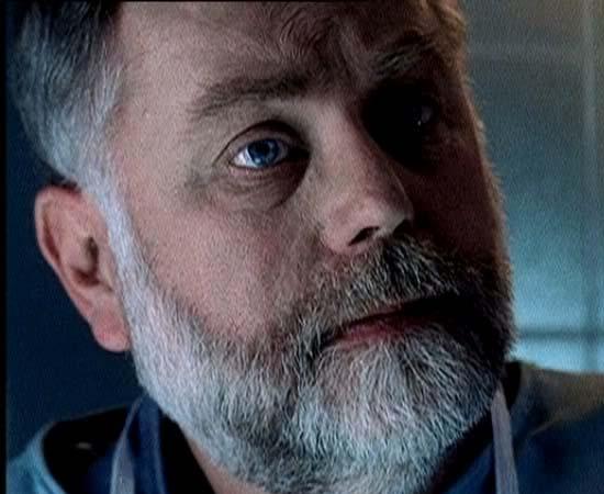 Dr. Al Robbins da série 'CSI: Investigação Criminal'.