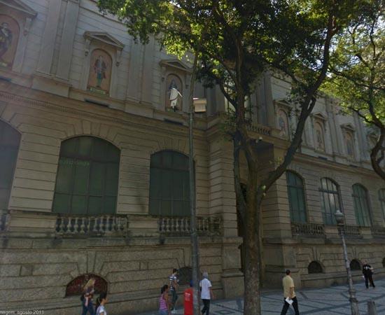 MUSEU NACIONAL DE BELAS ARTES - Localizado na cidade do Rio de Janeiro, é um dos museus mais importantes do Brasil. Possui mais de 70 mil itens!