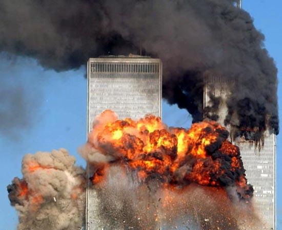 NOVA ORDEM MUNDIAL - Estude sobre a globalização, a Guerra do Golfo, o atentado às Torres Gêmeas, a Al Qaeda e a ascensão da China.