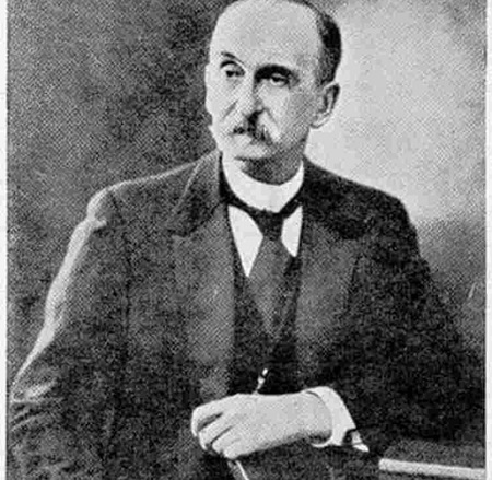 Isso acabou em 1886, quando o químico francês Paul Marie Eugène Vieille inventou a primeira pólvora sem fumaça. A invenção  revolucionou o uso das armas de fogo nos combates. (Foto: Wikimedia Commons)