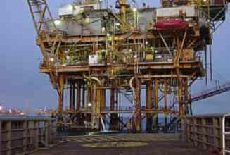 plataforma-petroleo-325.jpg