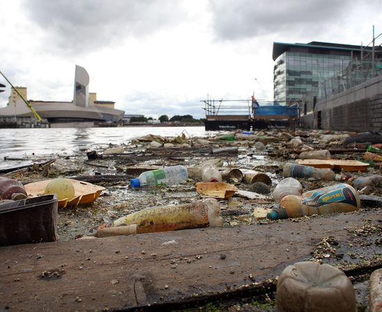 Problemas ambientais - Clique em Leia Mais para ver detalhes sobre o assunto.