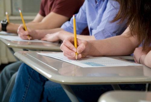 prova-exame-estudante1.jpg