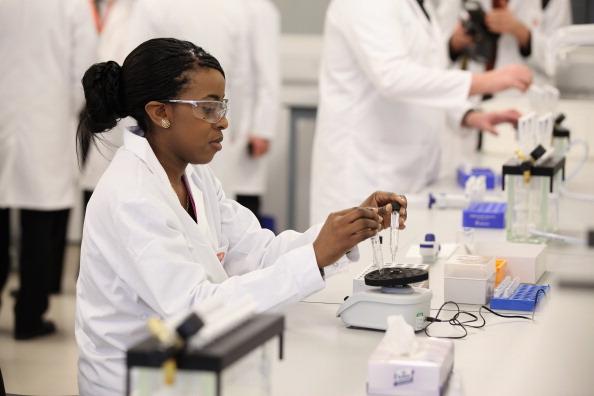 quimica-laboratorio-farmacia.jpg