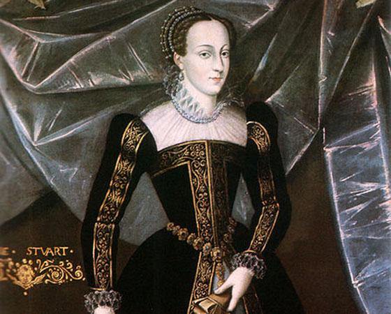 Pretendente católica ao trono inglês, Mary Stuart - chamada carinhosamente de rainha da Escócia (terra dos Stuart) - foi encarcerada por ordem da rainha anglicana Elizabeth I, que temia uma trama dos católicos contra ela. Após 19 anos na prisão, Mary Stuart foi executada por Alta Traição em 1587. Imagem: Getty Images