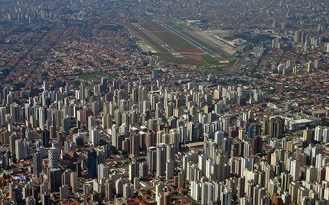 Entenda o processo de urbanização cada vez mais acelerado e a queda no crescimento da população brasileira.