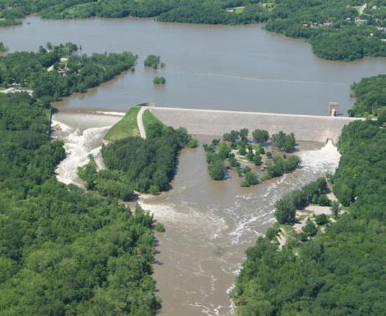 USO DA ÁGUA - Estude sobre os mananciais, o consumo, a Hidrelétrica de Belo Monte, o Mar de Aral e a transposição do Rio São Francisco.