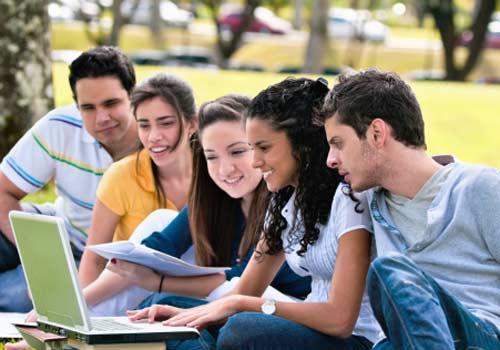 notebook-grupo-estudo-universidade