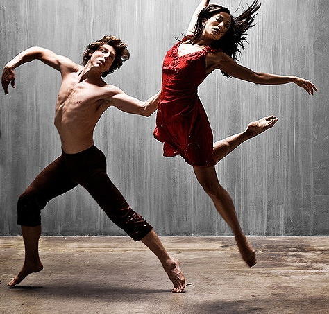 474px-two_dancers