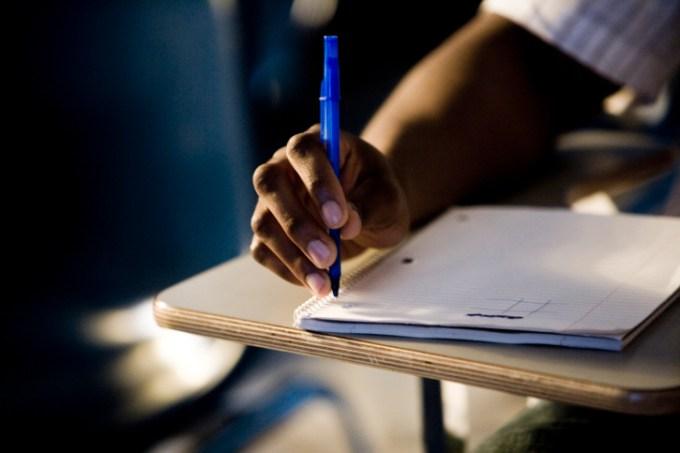 escrevendo_aluno