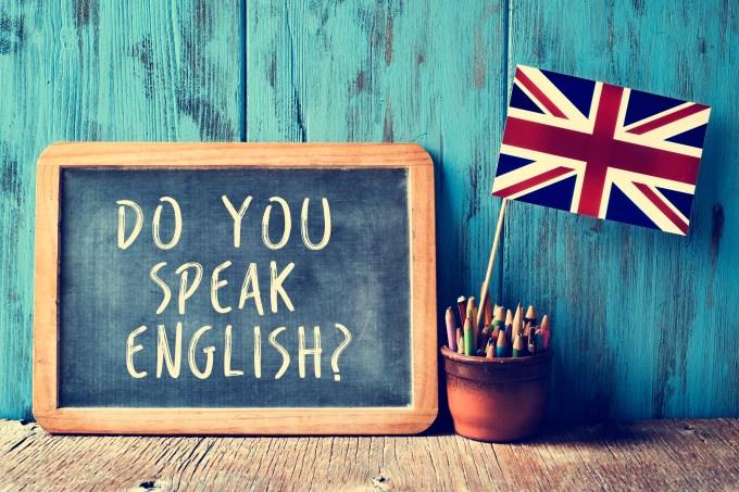 Inglês, lousa, bandeira britânica, lápis, do you speak english?
