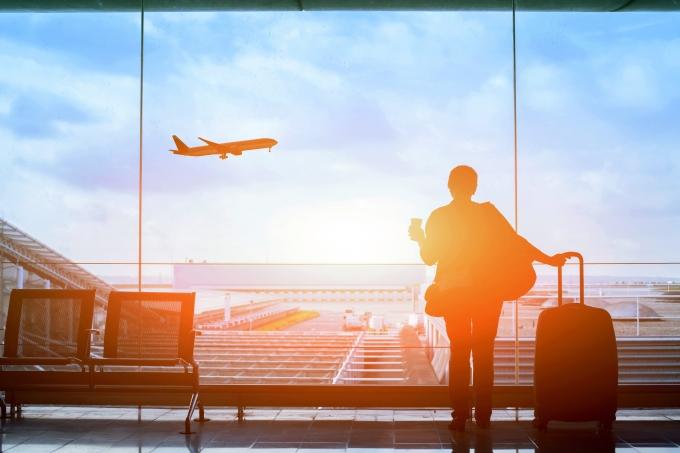 Viajar, intercâmbio, avião, aeroporto