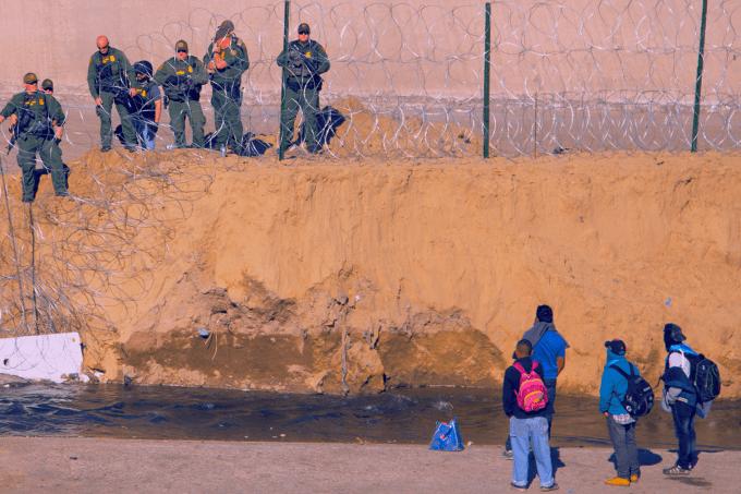 Resumo Atualidades- Crise migratória e xenofobia